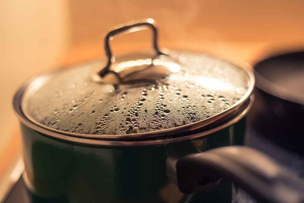 Erbsen, Bohnen und Linsen kochen nur 15 bis 20 Minuten.