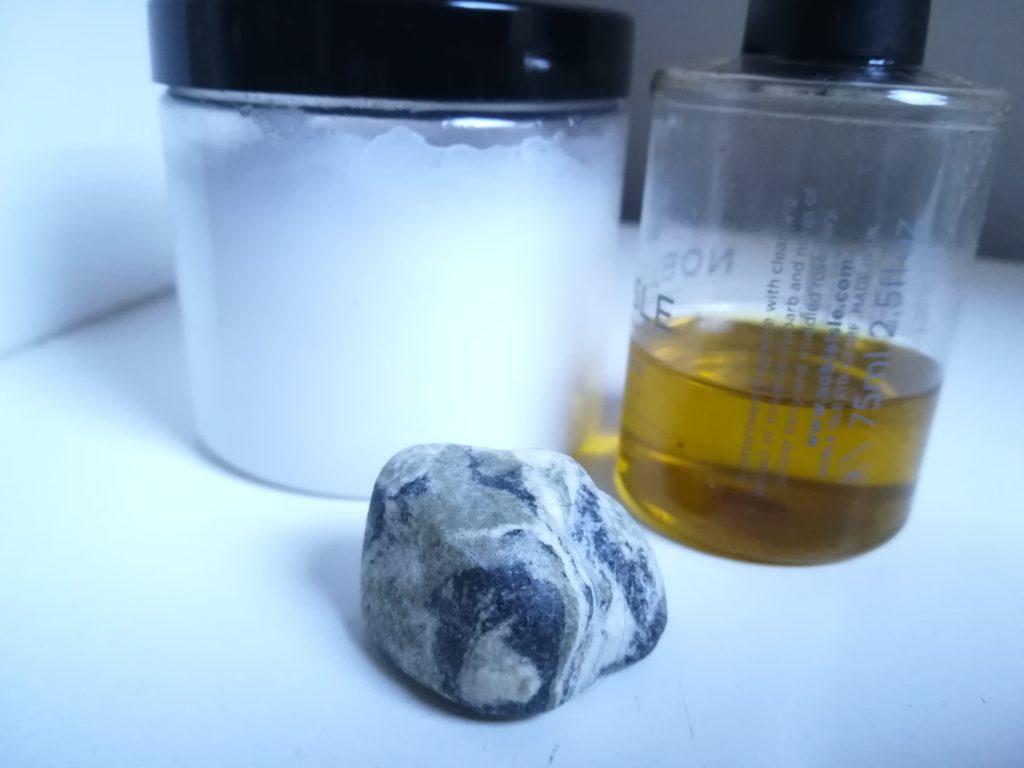 Nachhaltiger leben: Olivenöl, Kokosöl und Haarseife ersetzen ganze Drogerieregale.