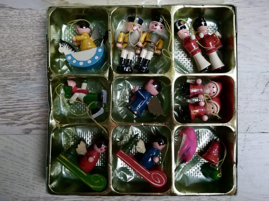 Minimalistische Weihnachten: Minimalistischer Weihnachtsbaumschmuck
