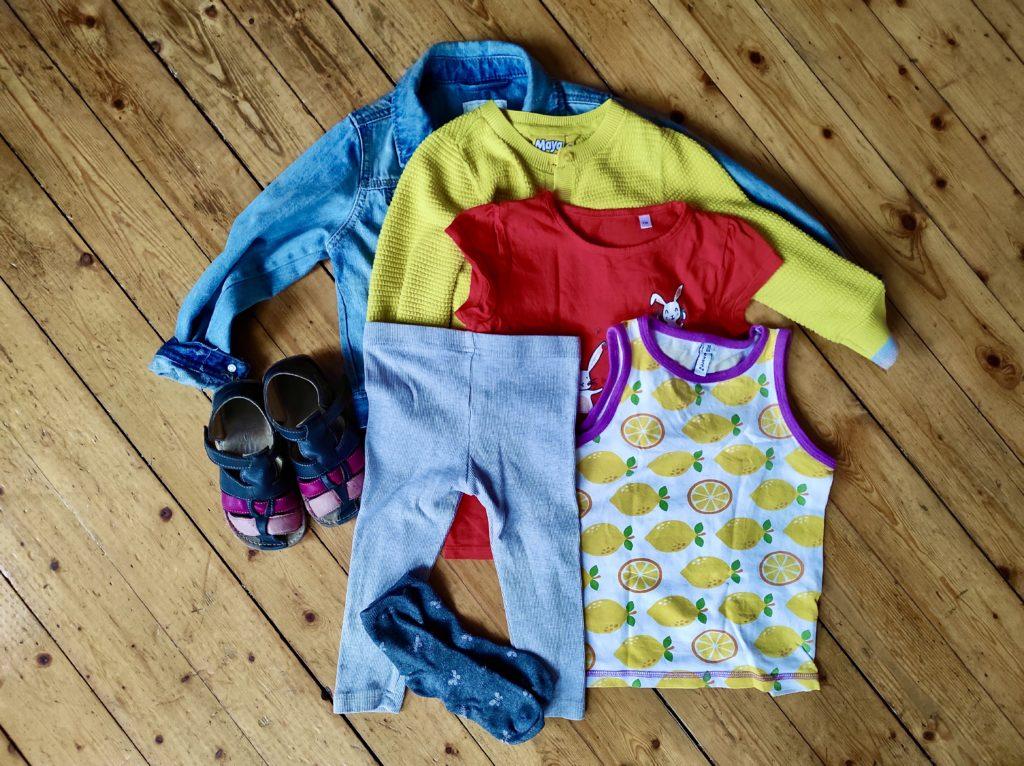 Radreise mit Kleinkind - Kleidung fürs Kind
