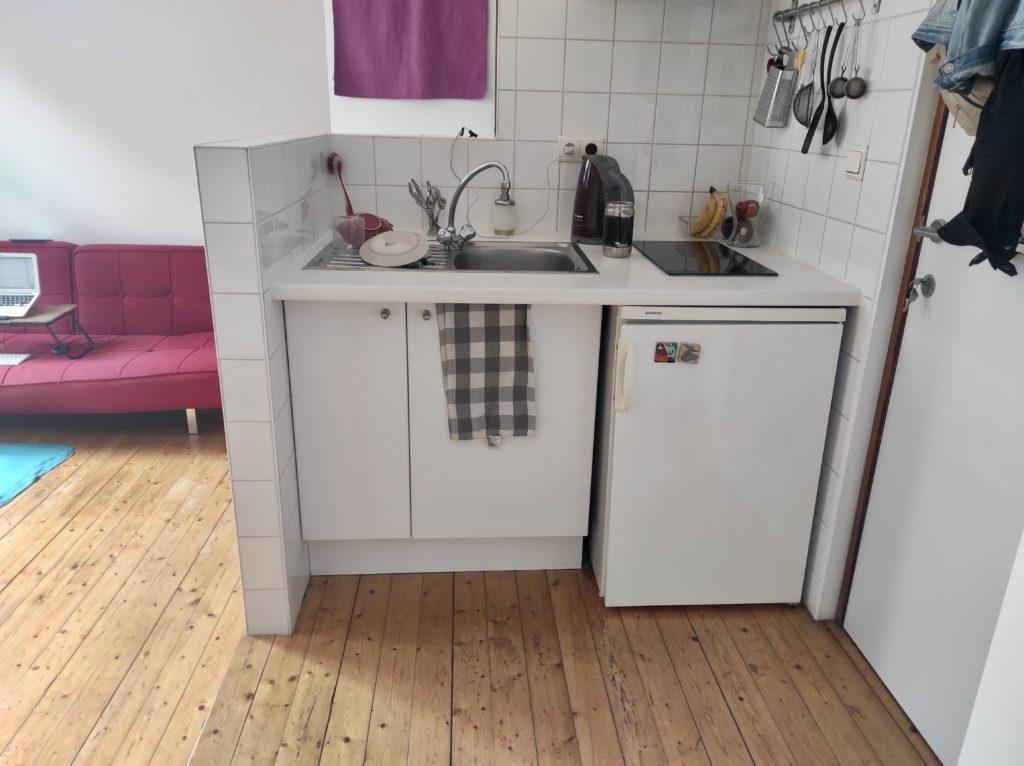 Minimalismus & Umzug: Minimalistisch umziehen mit Kind: Küche
